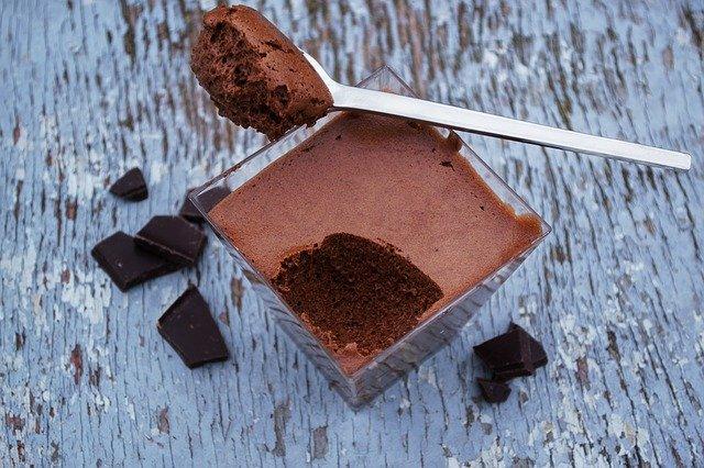 Mousse au chocolat au lait vanillé
