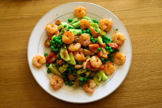 Salade de crevettes & fruits au vinaigre de framboises & vanille